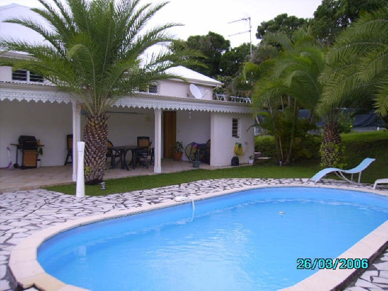 Sale house / villa St claude 365 000€ - Picture 1