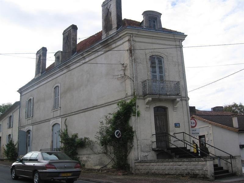 Investment property building Montguyon 200000€ - Picture 1