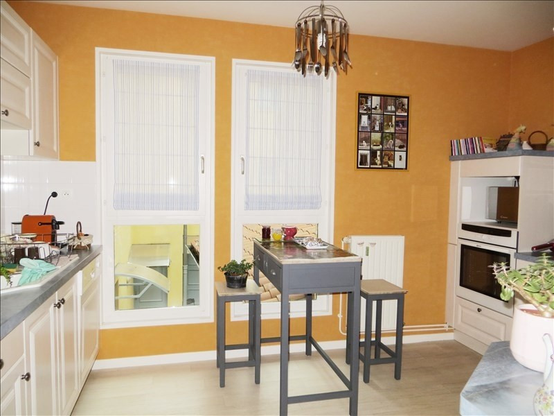 Sale apartment Le puy en velay 165 000€ - Picture 2