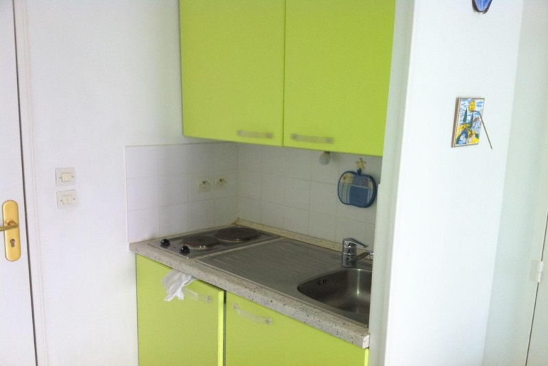 Rental apartment Nice 620€cc - Picture 3