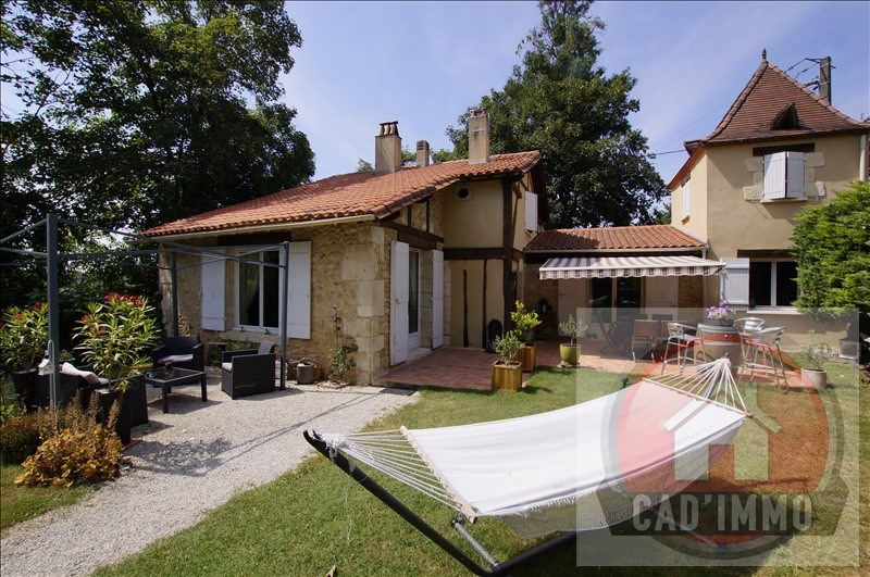 Sale house / villa Queyssac 312750€ - Picture 1
