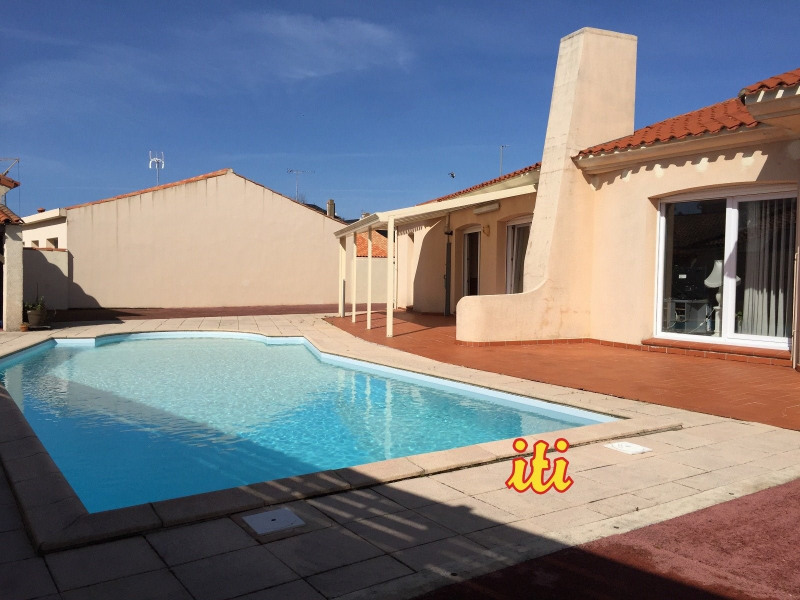 Deluxe sale house / villa Les sables d olonne 613000€ - Picture 1