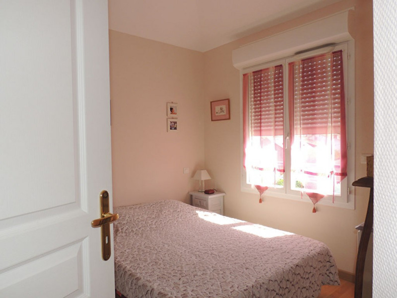 Sale apartment Royan 250 000€ - Picture 10
