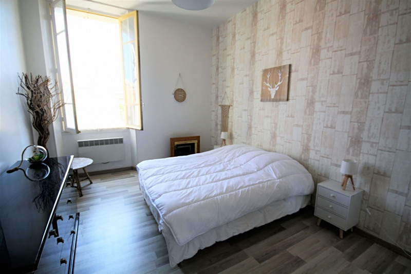 Vacation rental apartment Golfe-juan  - Picture 3