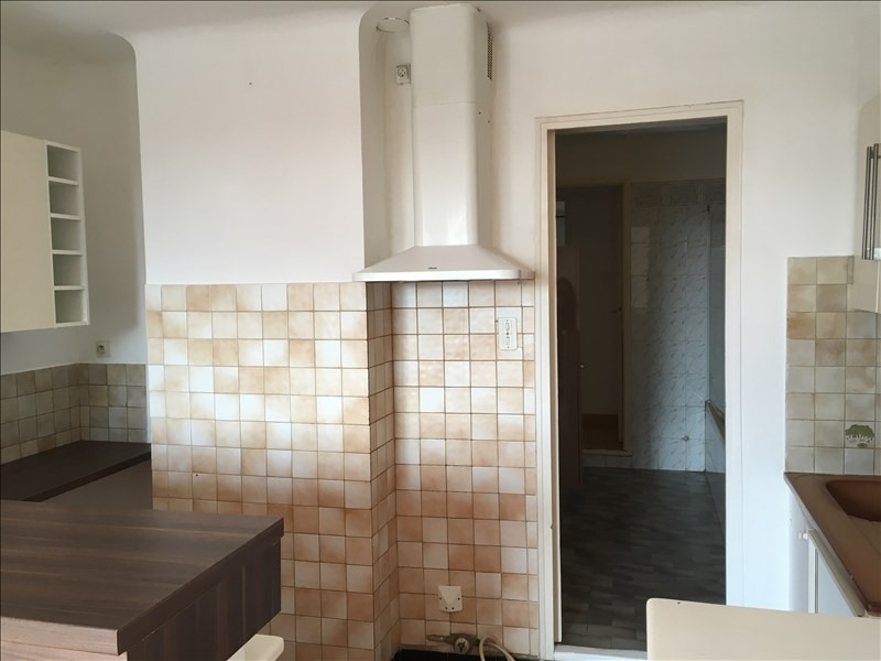 Location appartement Pelissanne 655€ CC - Photo 4
