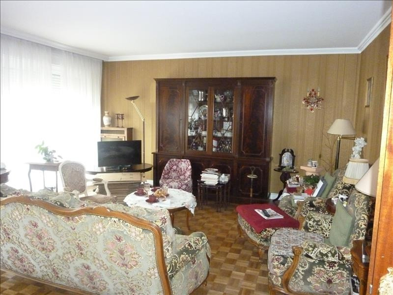 Sale apartment Poissy 375 000€ - Picture 1