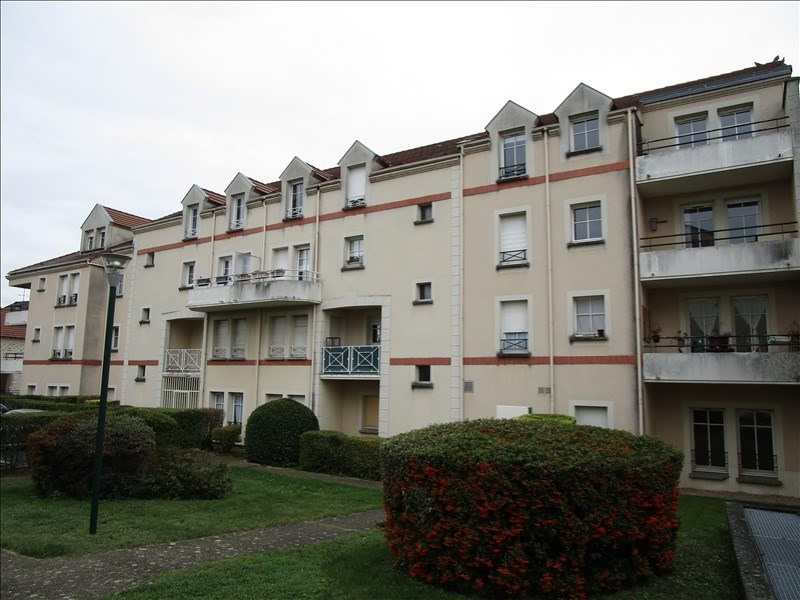 Sale apartment Carrieres sous poissy 164000€ - Picture 1