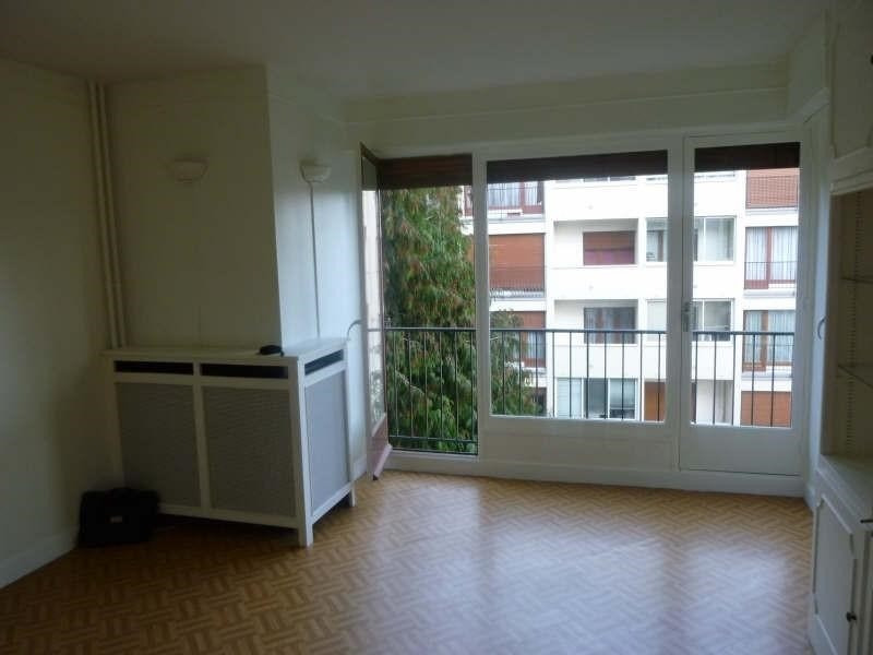 Rental apartment Vaucresson 890€ CC - Picture 2
