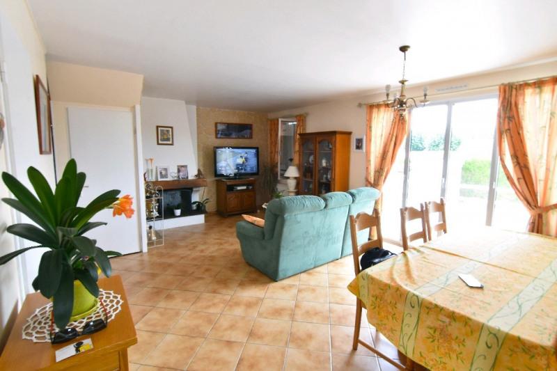 Vente maison / villa Bornel 303800€ - Photo 2