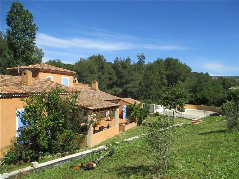 Deluxe sale house / villa Velaux 586000€ - Picture 2