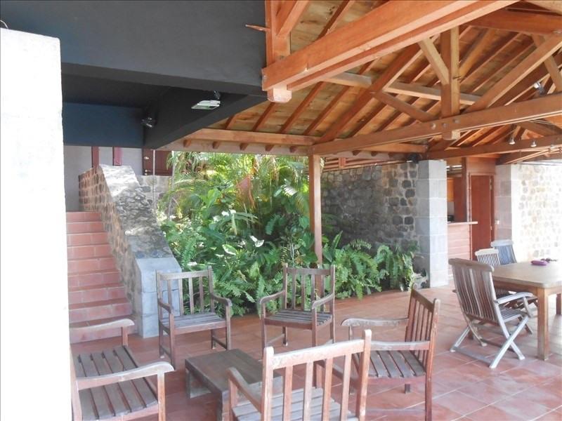 Sale house / villa St claude 397000€ - Picture 3