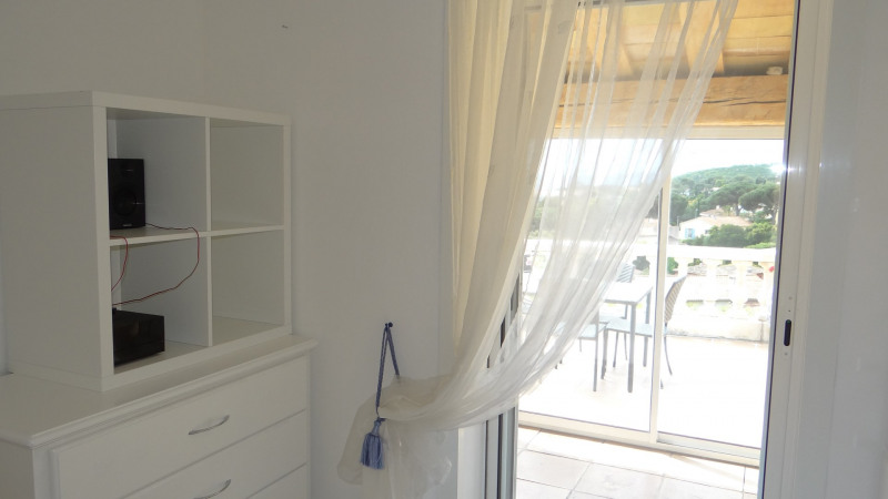 Vacation rental house / villa Cavalaire sur mer 3 000€ - Picture 19