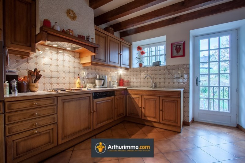 Vente maison / villa Belley 210 000€ - Photo 4