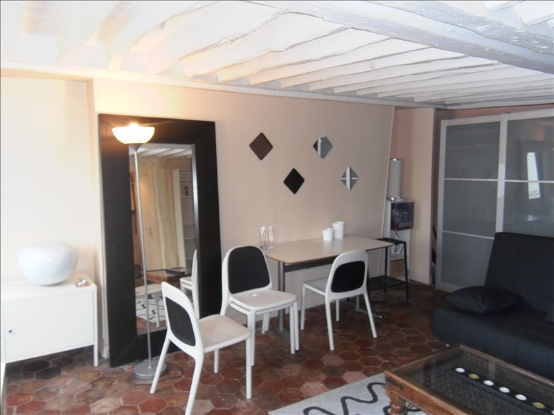 Location appartement Paris 5ème 1120€ CC - Photo 1