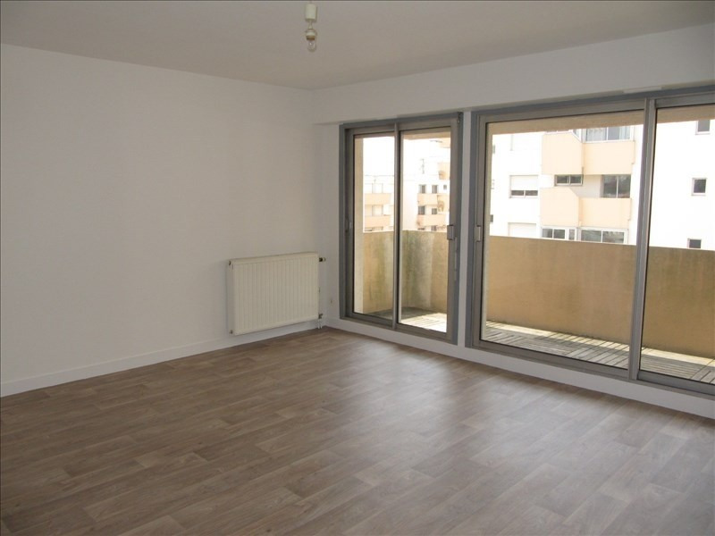 Rental apartment Pau 490€ CC - Picture 1