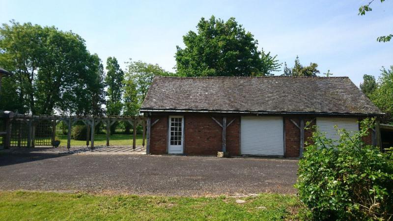 Sale house / villa Laval 408500€ - Picture 3