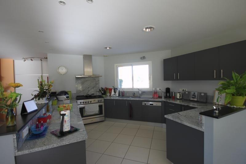 Sale house / villa Eysus 304500€ - Picture 2