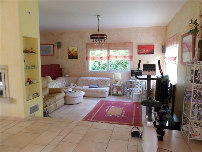 Sale house / villa Thoirette 398000€ - Picture 2