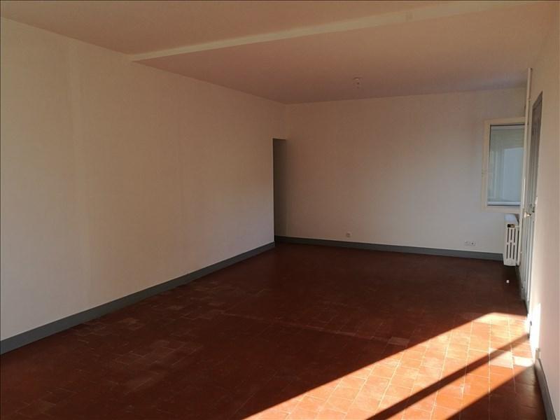 Sale house / villa La chaussee st victor 147000€ - Picture 2