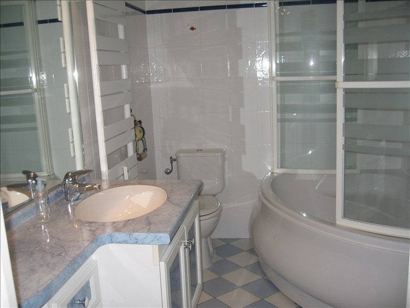 Rental apartment Antibes 1 250€ CC - Picture 4