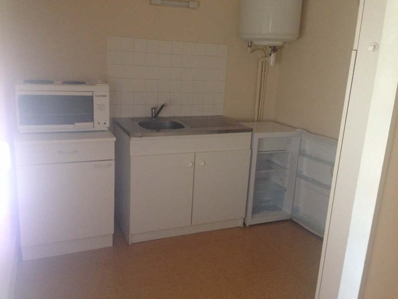 Rental apartment Poitiers 384€ CC - Picture 3