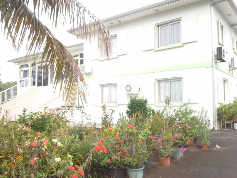 Vente maison / villa Petite ile 367500€ - Photo 1