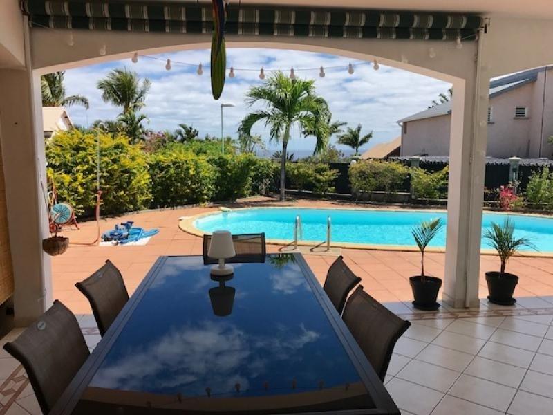 Deluxe sale house / villa St gilles les bains 680000€ - Picture 3