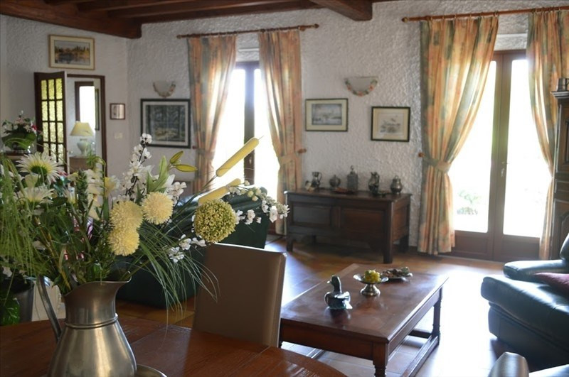 Sale house / villa Montpon menesterol 346500€ - Picture 4