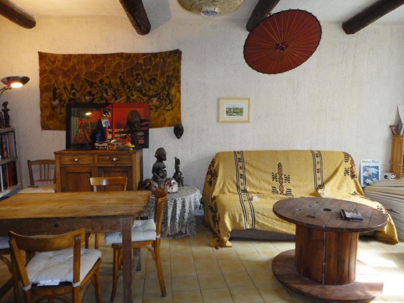 Location maison / villa Entraigues sur la sorgue 650€ CC - Photo 3