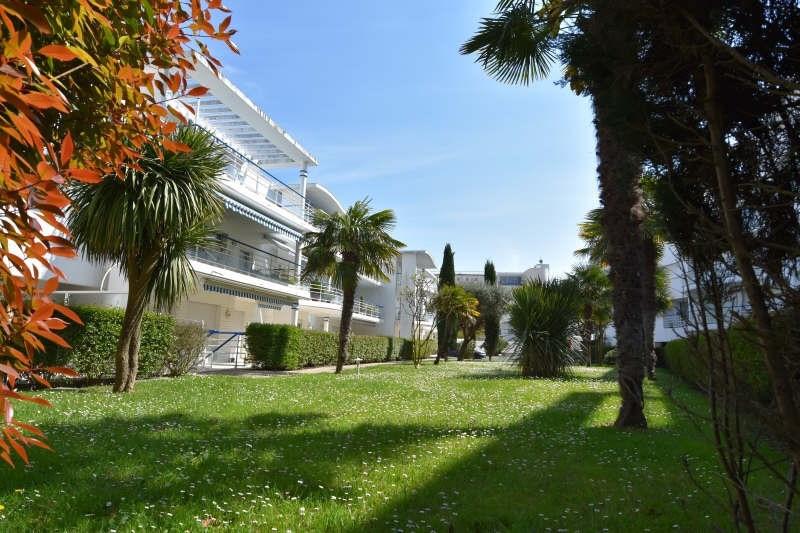 Sale apartment Royan 312000€ - Picture 1