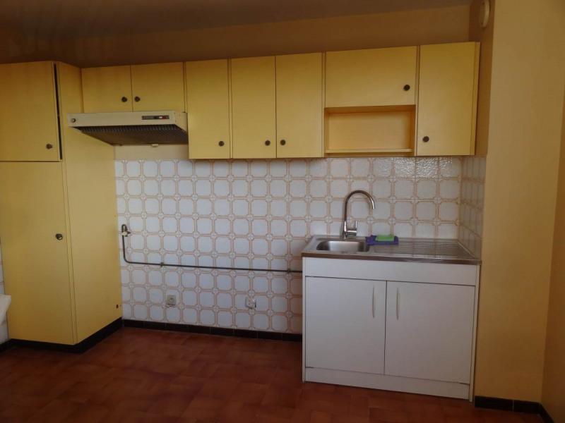 Rental apartment Annemasse 870€ CC - Picture 2