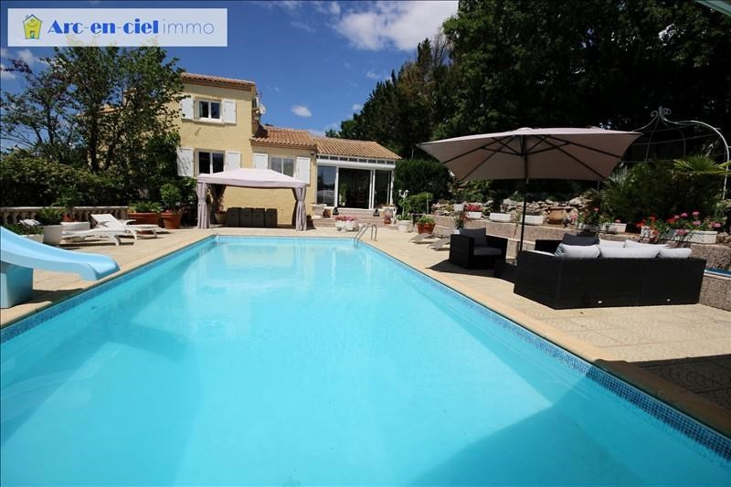 Deluxe sale house / villa La boissiere 599000€ - Picture 2