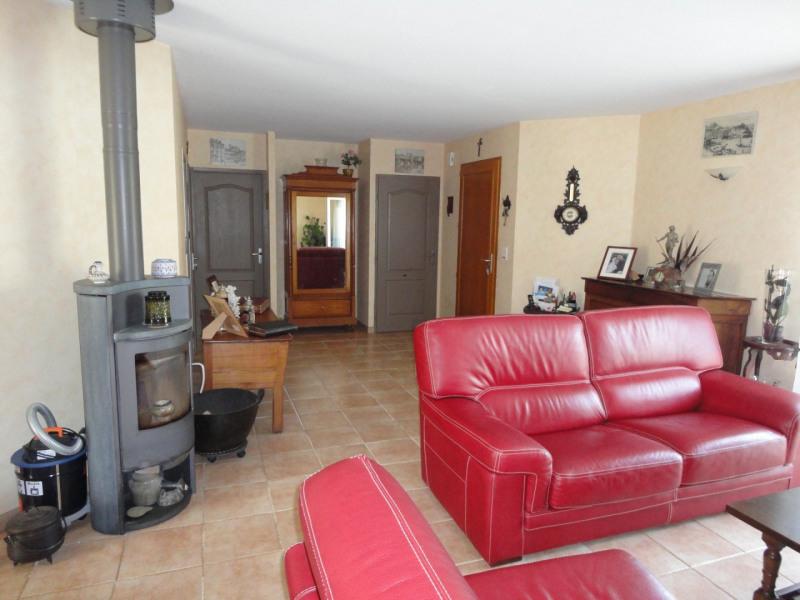 Sale house / villa Sainte-marie-de-vaux 172000€ - Picture 4