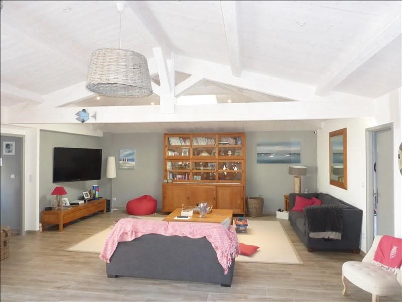 Vente de prestige maison / villa Fouras 667500€ - Photo 1