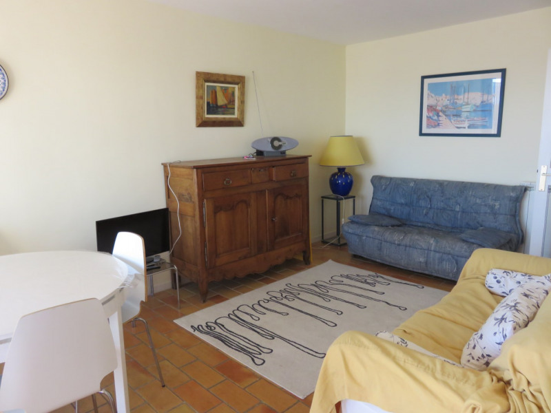 Location vacances appartement Bandol 650€ - Photo 4