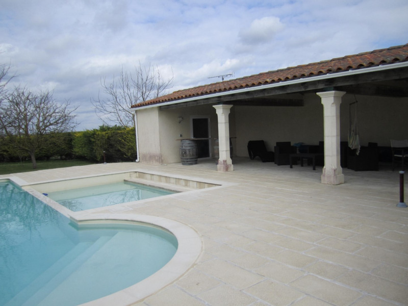 Sale house / villa Barbezieux saint -hilaire 269 100€ - Picture 4