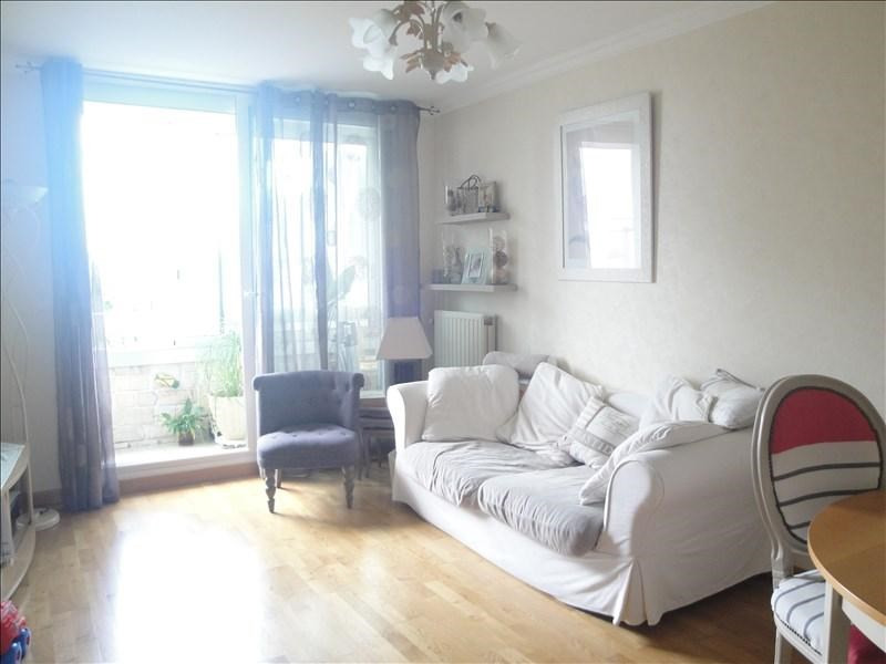 Sale apartment Colombes 274000€ - Picture 1