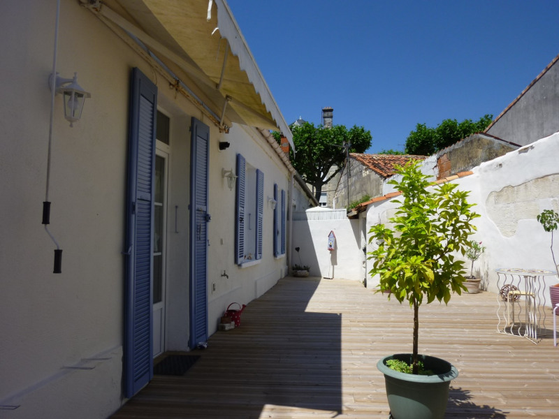 Sale house / villa Saintes 145 500€ - Picture 1