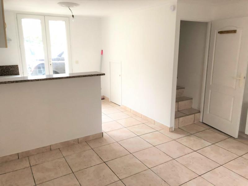 Location appartement Méry-sur-oise 785€ CC - Photo 4