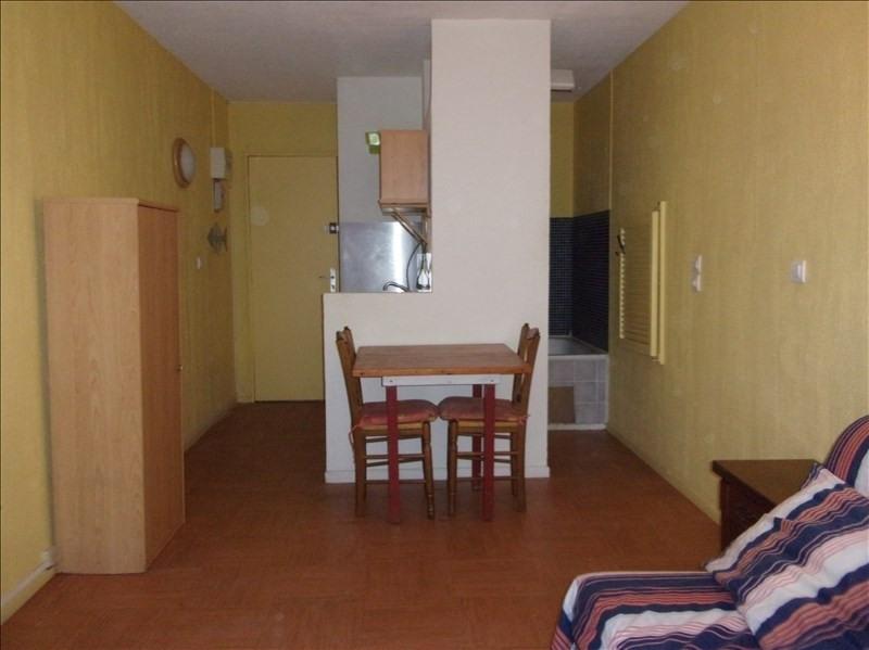 Location appartement Aix en provence 420€cc - Photo 1