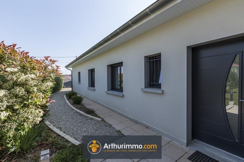 Sale house / villa Morestel 313000€ - Picture 2