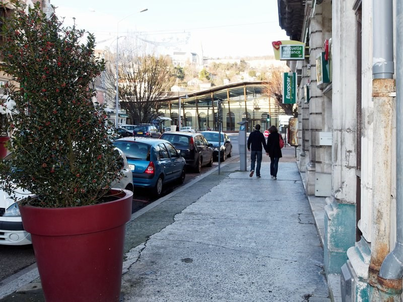 Location local commercial Agen 1746€ +CH - Photo 3
