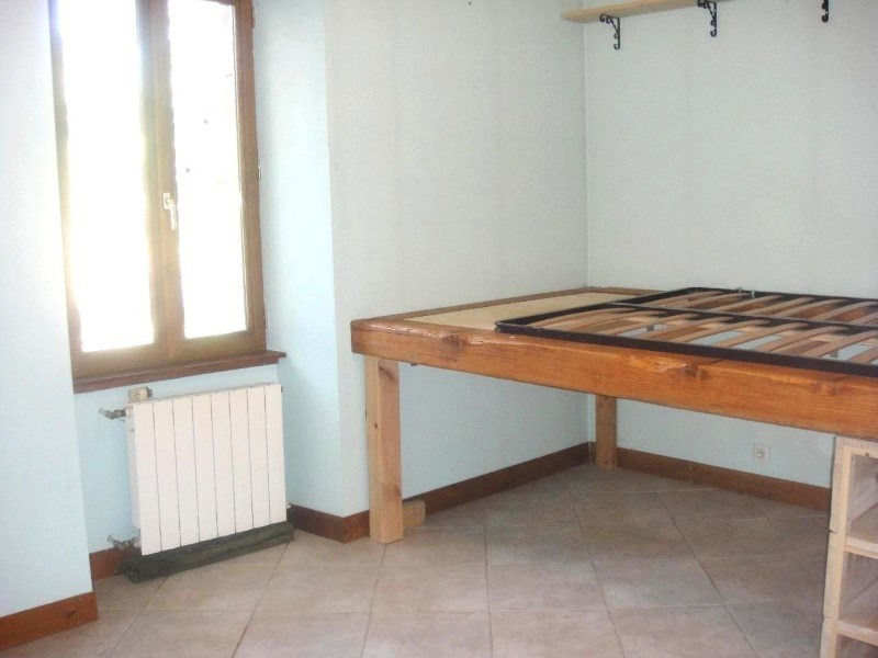 Location appartement La roche-sur-foron 560€ CC - Photo 2