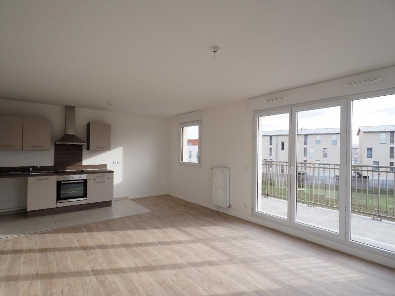 Rental apartment Vert saint denis 890€ CC - Picture 3