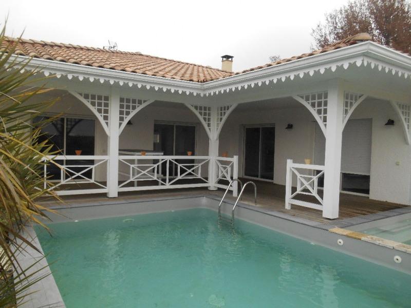 ADORABLE maison, décoration exceptionnelle, piscine