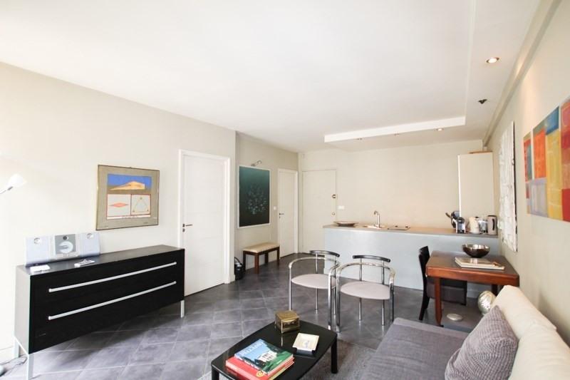 Verhuren  appartement Paris 8ème 2500€ CC - Foto 4