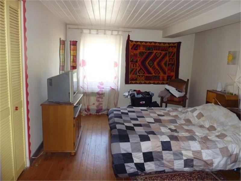Sale house / villa Aingeray 140000€ - Picture 4