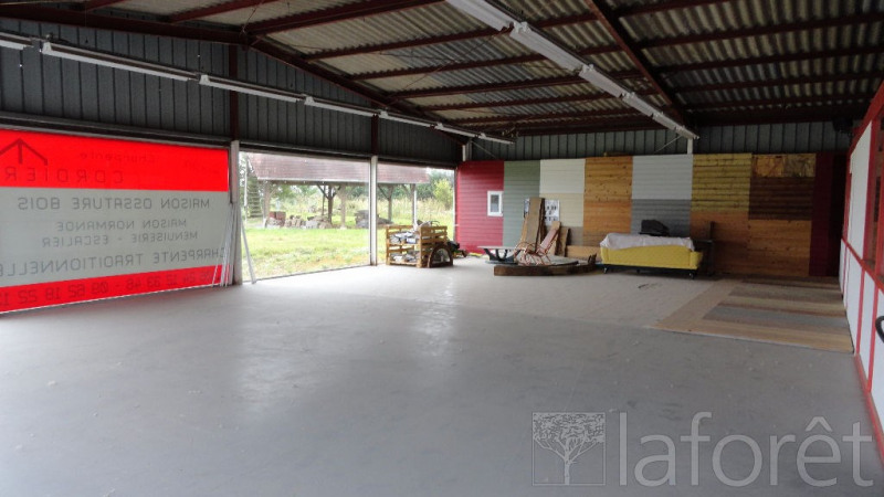 Location local commercial Beuzeville 900€ CC - Photo 1