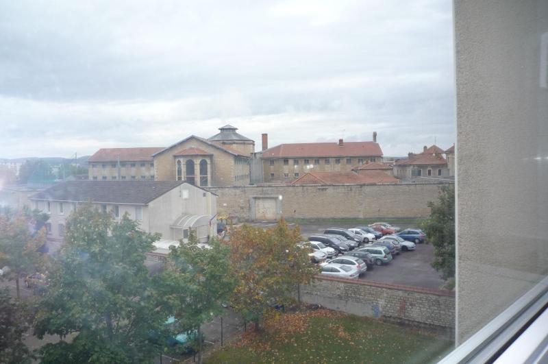 Location appartement Dijon 337€ CC - Photo 4