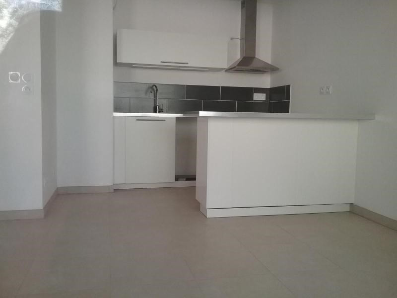 Location appartement Chateauneuf le rouge 716€ CC - Photo 1